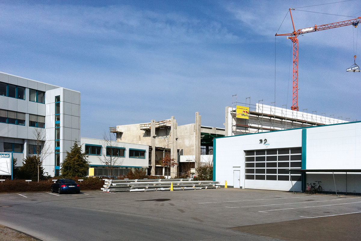Hallenbau 2012