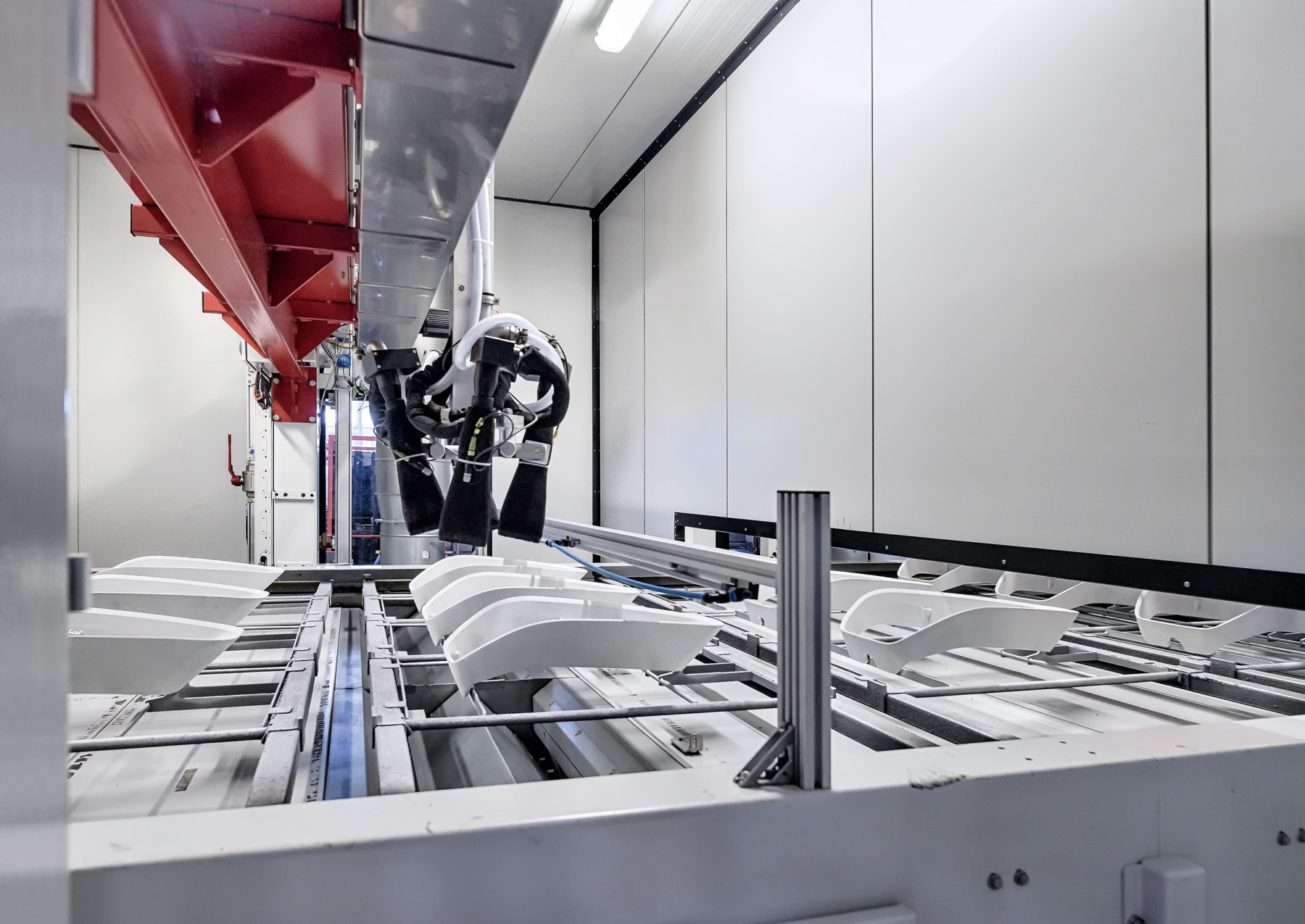 Gentle and targeted: Contact-free cleaning of workpieces with CO2